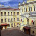 Нетривиальный Петербург