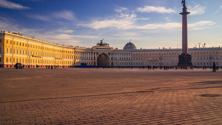 Трансфер из Пулково и экскурсия поmust-see-местам Петербурга - экскурсии