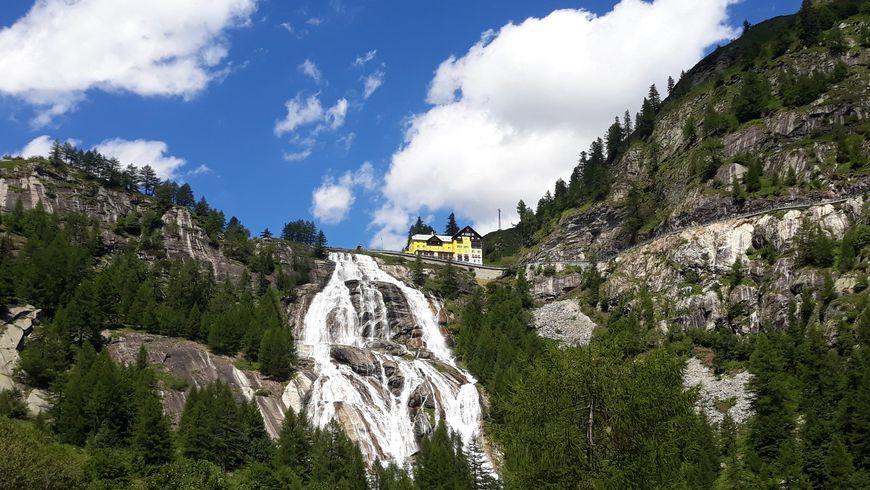 Красота Лепонтинских Альп - экскурсии
