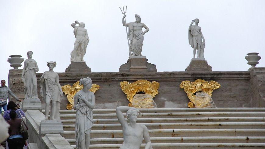Петергоф — резиденция Петра Великого - экскурсии