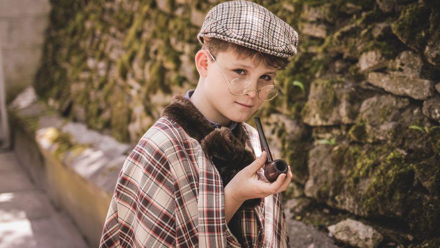 Костюмированная фотопрогулка «Приключения Шерлока Холмса идоктора Ватсона» - экскурсии