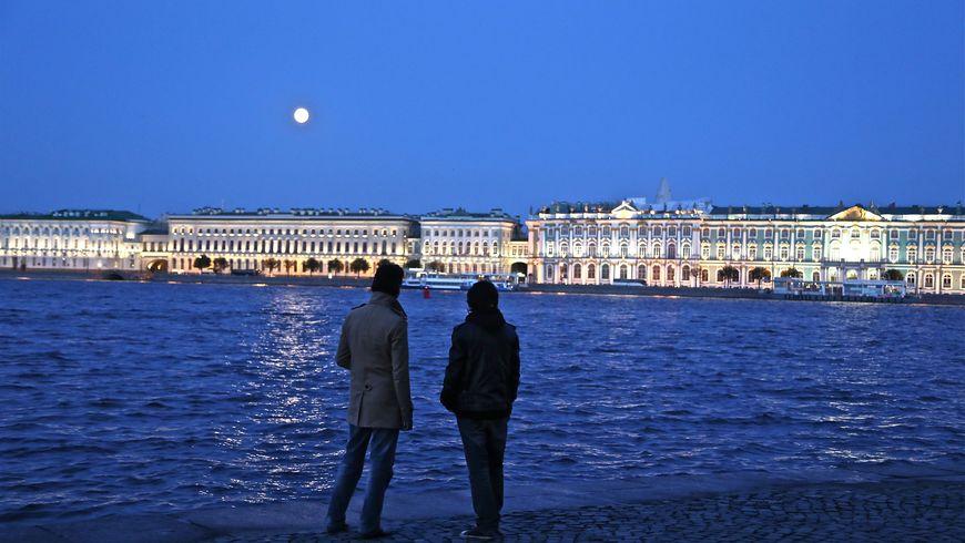 Фото-экскурсия «Петербург снаружи и с изнанки» - экскурсии