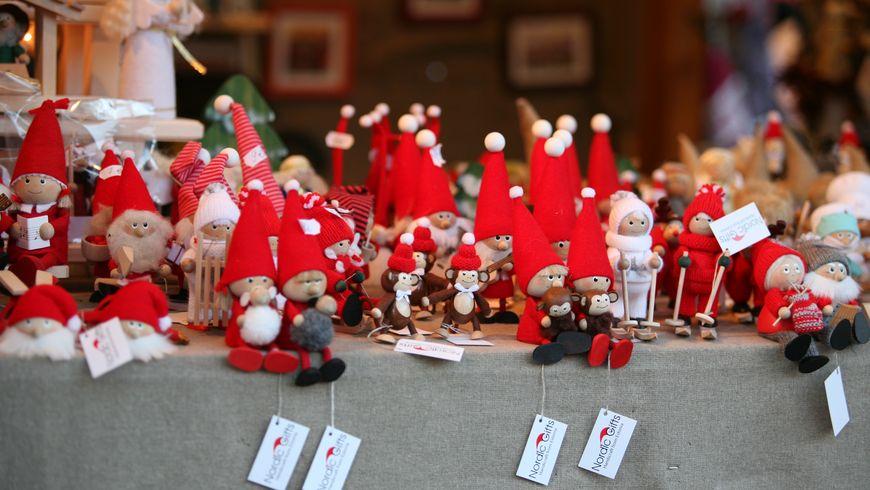 Двенадцать рождественских историй - экскурсии