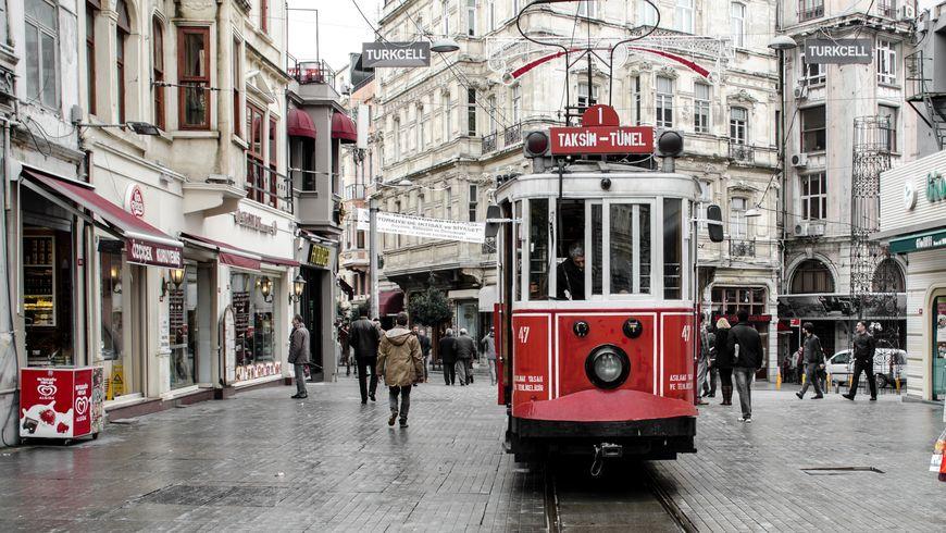 Контрастный Стамбул: романтика и история - экскурсии