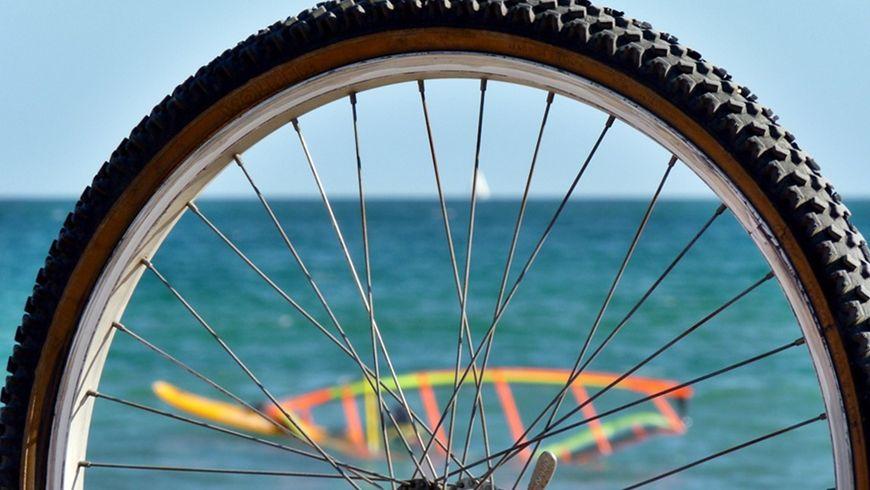 По Барселоне на велосипеде: море