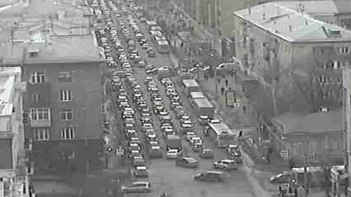 Веб-камера на перекрёстке Ленина - Горького