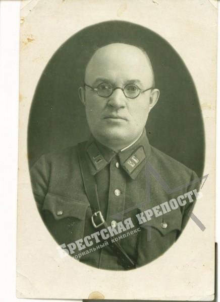 комиссар Богатеев