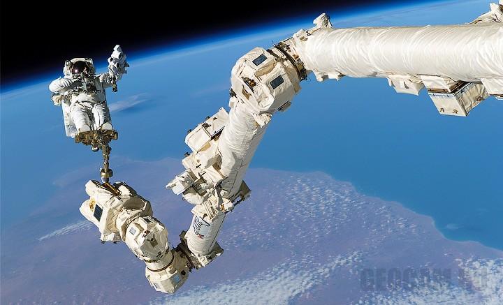Веб-камера на МКС (Международная Космическая Станция)