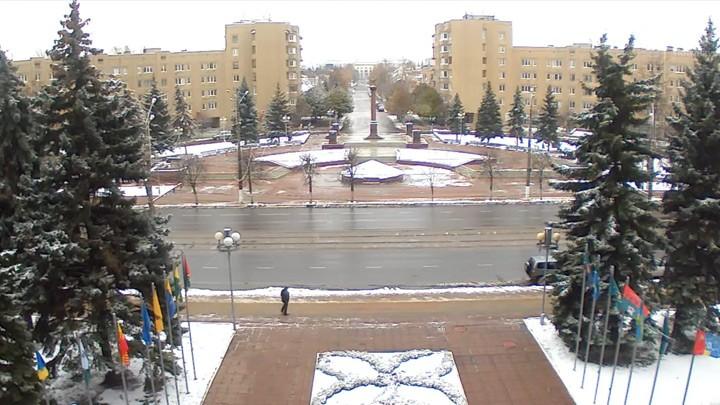 Веб-камера у стелы Город воинской славы в Твери