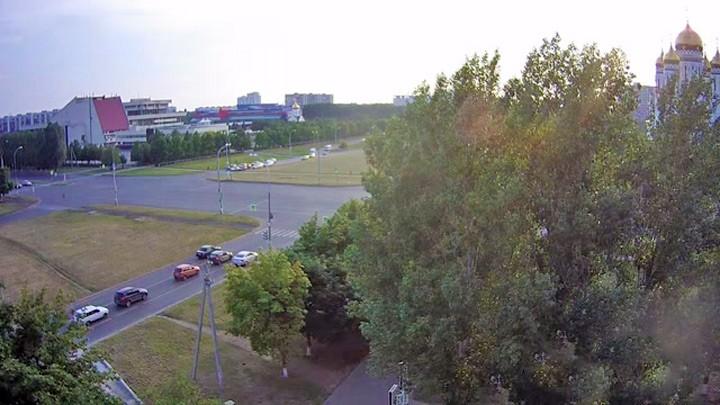 Веб-камера на перекрёстке Юбилейная/Ленинский