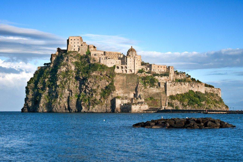 Арагонский замок