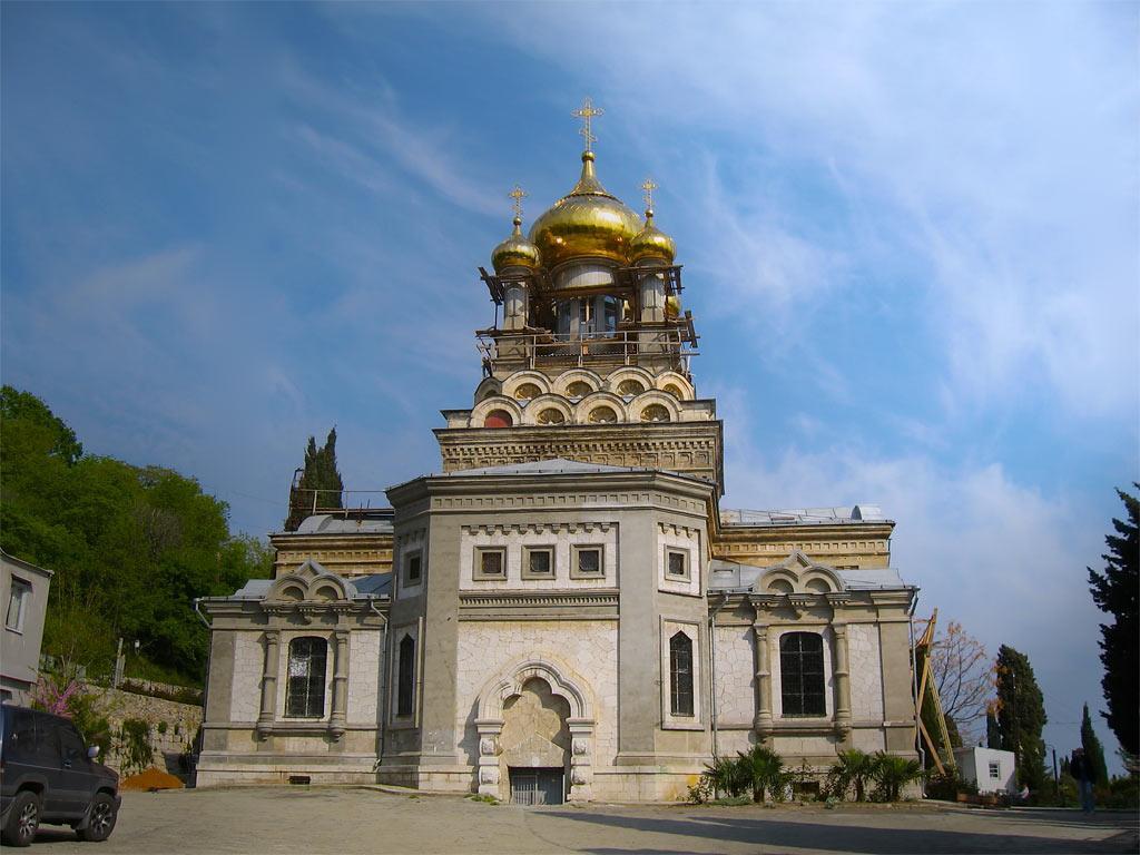 Храм Ангела Михаила