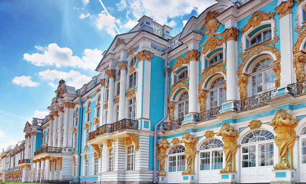 Топ-10 самых красивых дворцов в России
