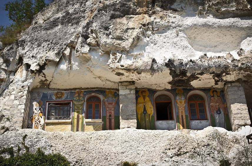 Ивановский горный монастырь