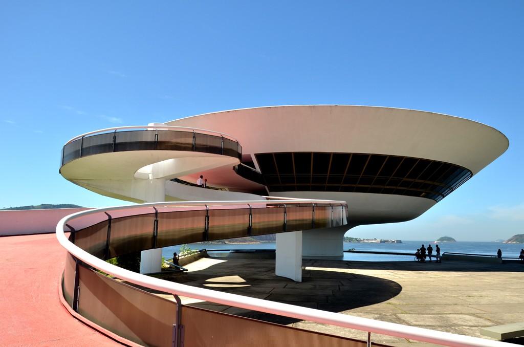 Музей современного искусства в Рио-де-Жанейро