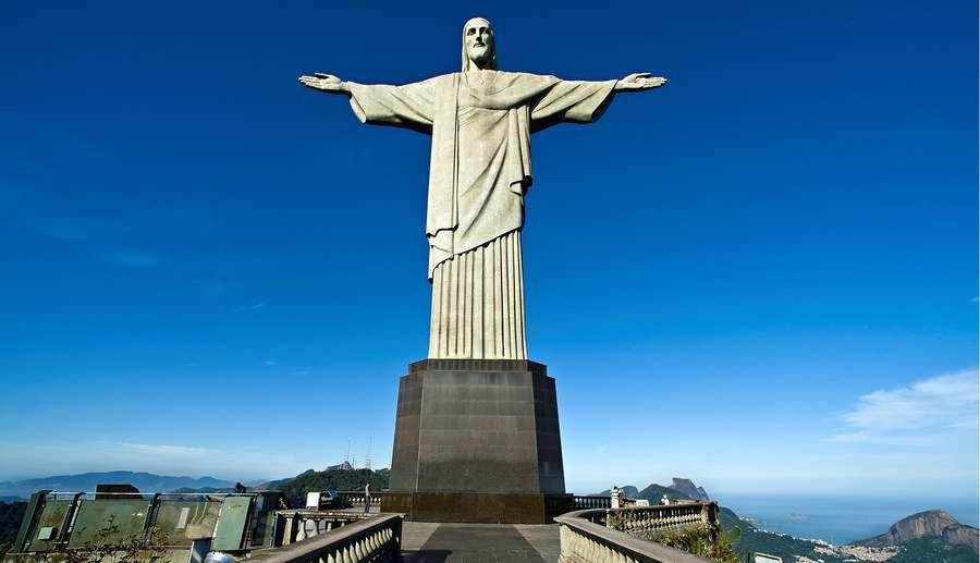 Статуя Христа - Искупителя