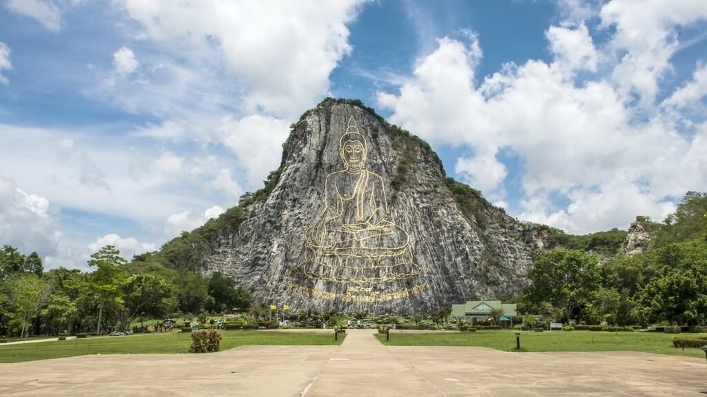 Гора Золотого Будды