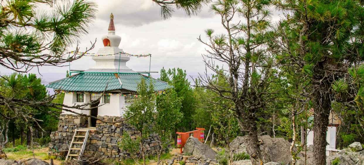 """Буддийский монастырь """"Шад Тчуп Линг"""""""