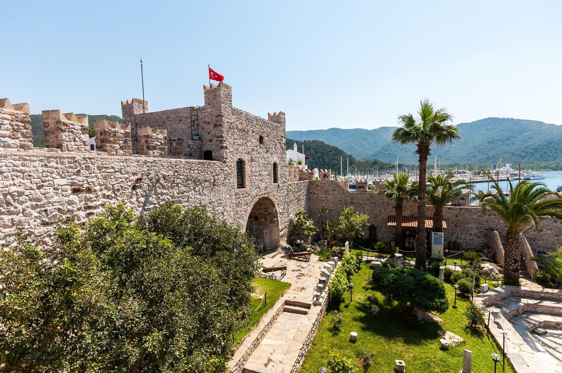 Дворец Мармарис