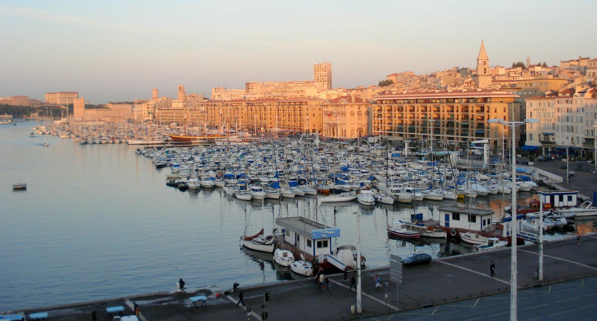 Древнейший порт города