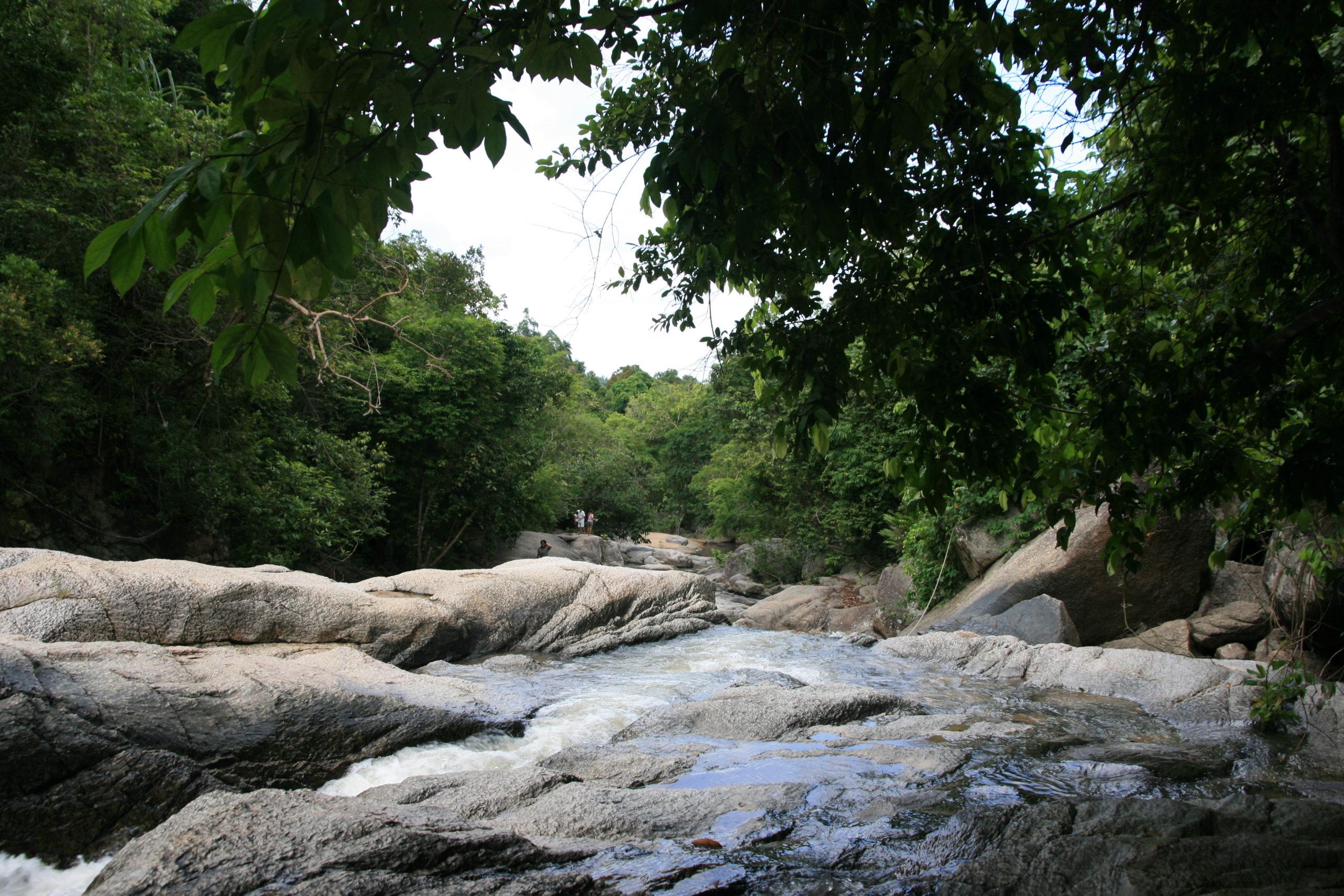 Национальный парк Тхан Садет