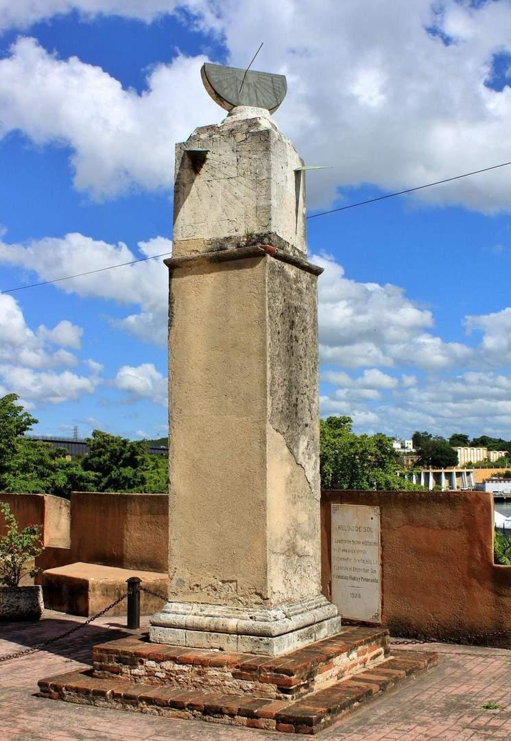 Солнечные часы в Санто-Доминго