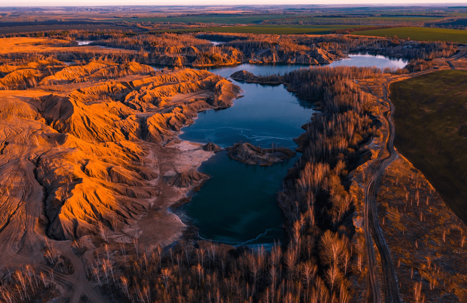 Кондуки, Тульская область – это марсианские пейзажи и лазурные озера!